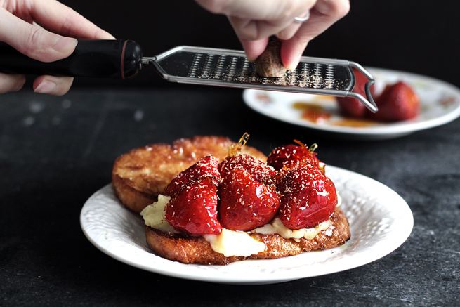 strawberry-brie-grilled-cheese13