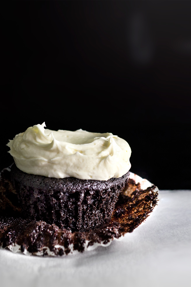 triple-chocolate-cupcake20