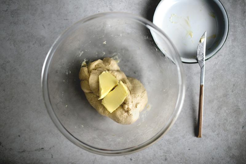 brioche-waffle-w-peanut-brittle03