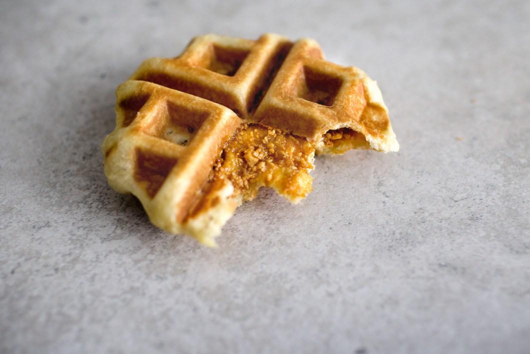 brioche-waffle-w-peanut-brittle17