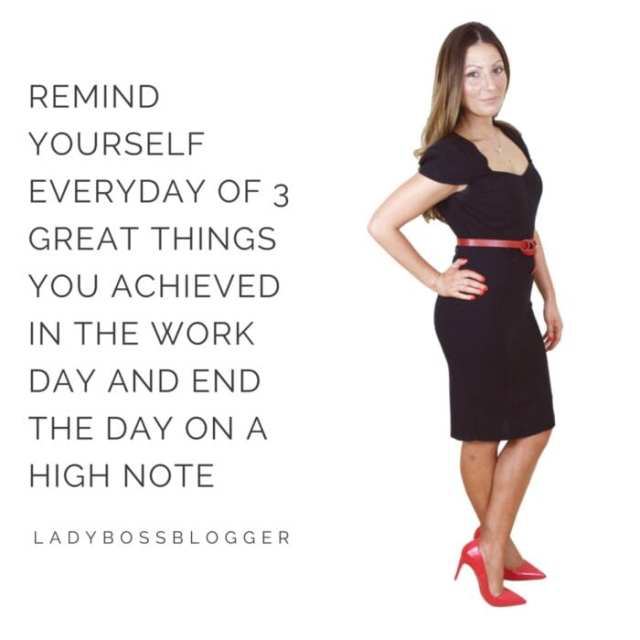 Female entrepreneur lady boss blogger Roberta Lee confidence coach