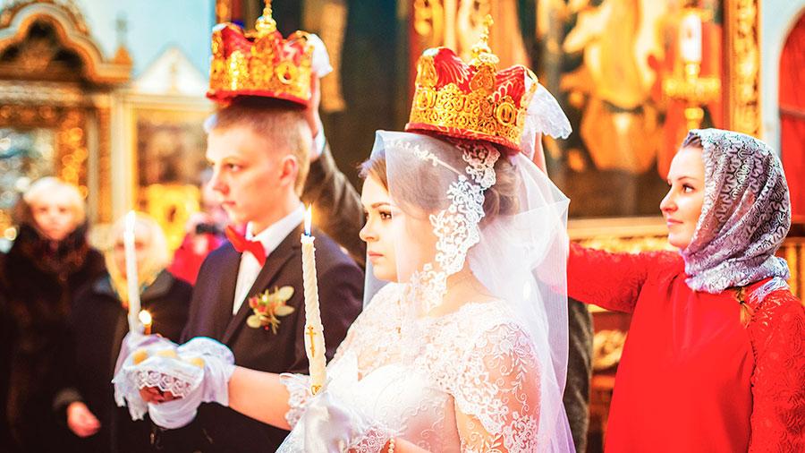 Hoe is de bruiloft in de orthodoxe kerk