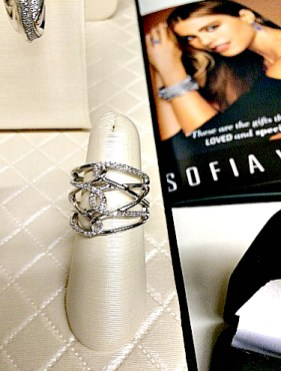Sofia_vergara_ring
