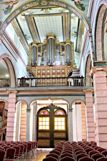 Organ-old-Cathedral-Cuenca