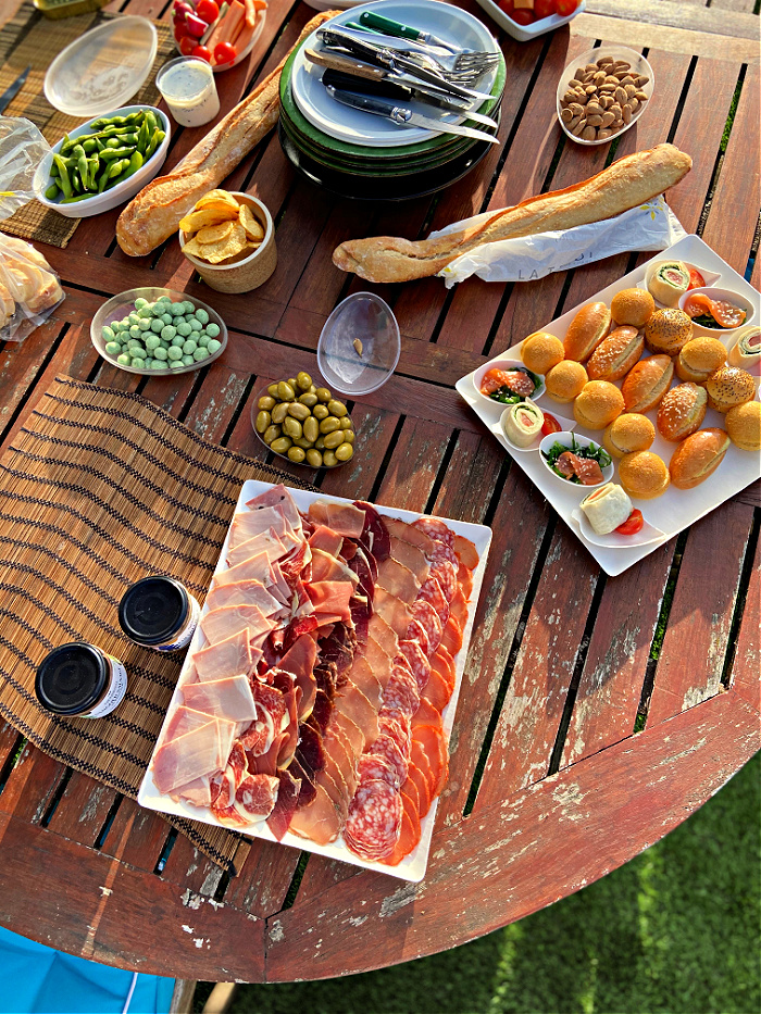 French apero party food