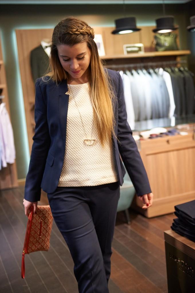 alt-lady-heavenly-chic-en-pantalon-london-of-burton-tailleur-moderne