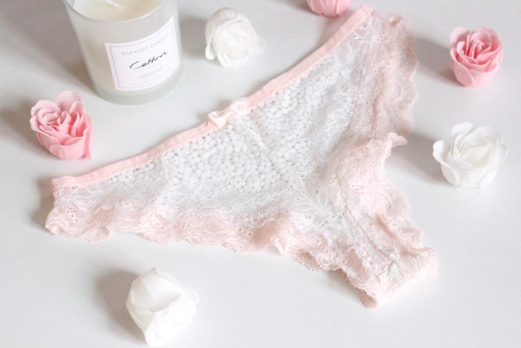 alt-jolie-lingerie-athena-parure-dentelle-blanche-rose-poudrée