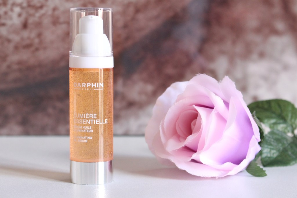 alt-serum-illuminateur-darphin-lumière-essentielle-fleur-rose