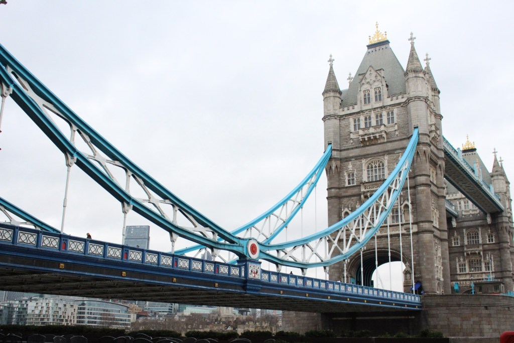 alt-londres-tower-bridge