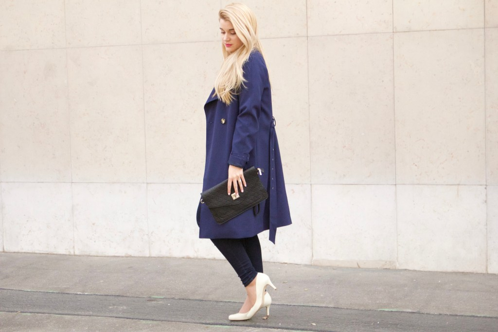 alt-joli-trench-blue-look-lady-heavenly
