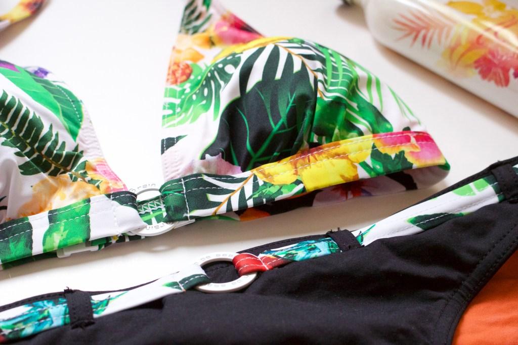 ale-maillot-de-bain-ambiance-tropicale-grain-de-sable