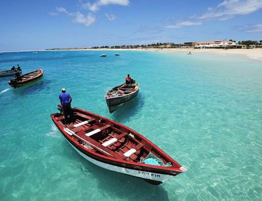 alt-bateaux-barques-ile-sao-vicente-cap-vert