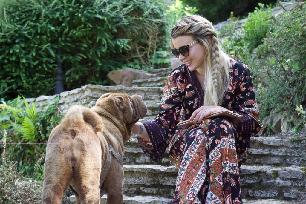 alt-lady-heavenly-with-a-dog-shar-pei