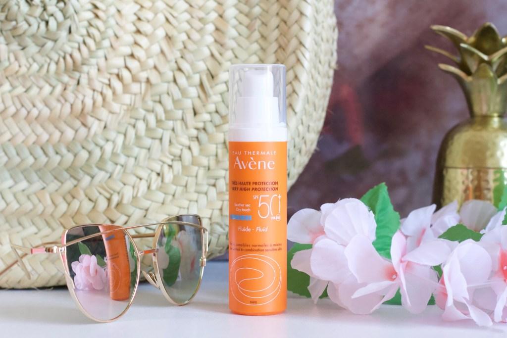 alt-fluide-protection-solaire-peau-grasse-avene