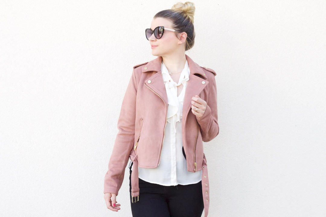 alt-look-lady-heavenly-avec-blazer-suédine-rose