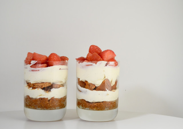 Boozy Strawberry Pudding