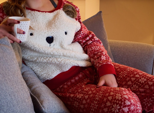 Blogmas Day 17 – Christmas Pyjamas