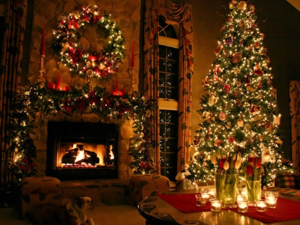 christmas-light-interior-decor-ideas-for-fireplace-and-christmas-tree-with-additional-candle-light-81