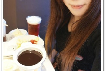 台中西屯 》食記:Sweet stone 巧克力凍飲專門店。逢甲夜市商圈低價位的巧克力火鍋 (邀約)