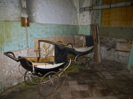 prams dowth Hall
