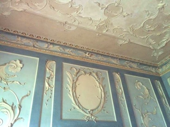 plasterwork at Dowth Hall