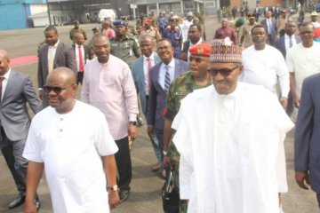Governor Nyesom Wike Welcomes Buhari in Port Harcourt 8