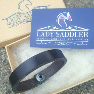 Plain thin bracelet