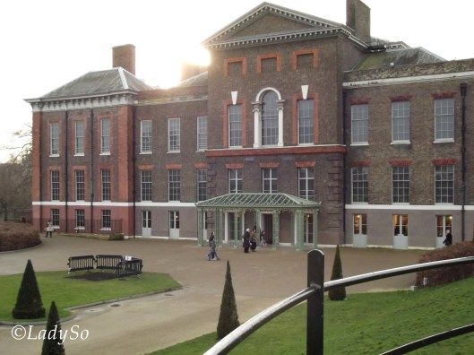 Victoria Palace 03