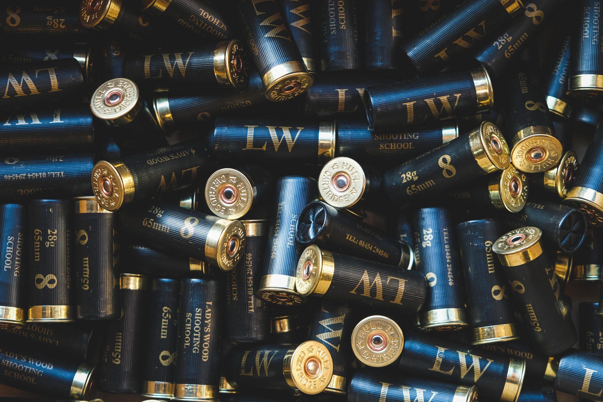 Plastic and fibre wad cartridges