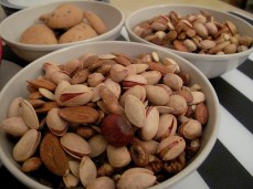 Must eat during Shabe Yalda - nuts and dried fruits