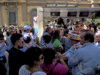 """Florence gelato festival goes """"Happy"""" together with Pahrell Williams, Mr. Polar bear and crowned Mr. Ice-cream"""