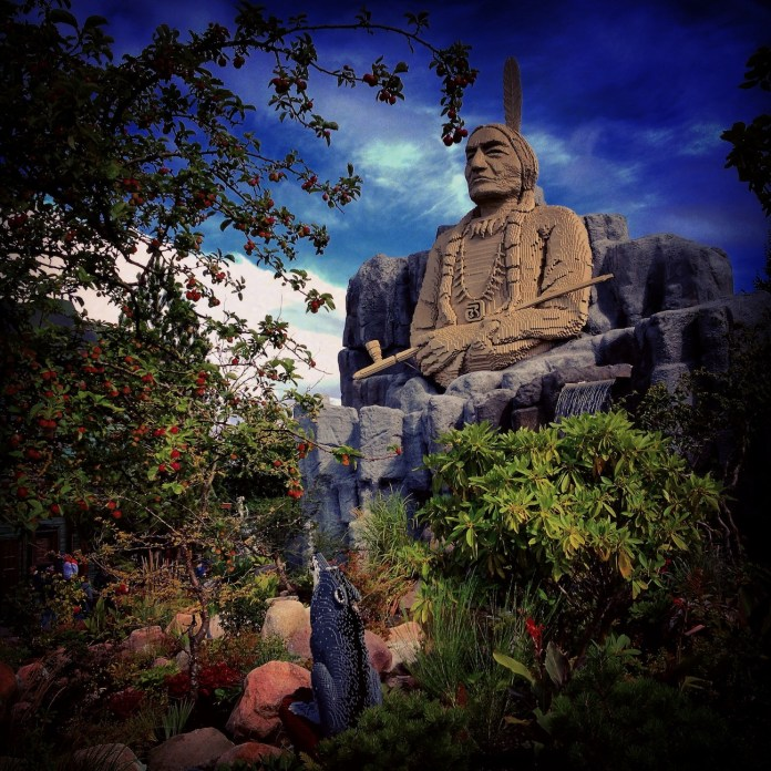 This is my favourite shot of all, done in Legoland: Sitting Bull with his wolf