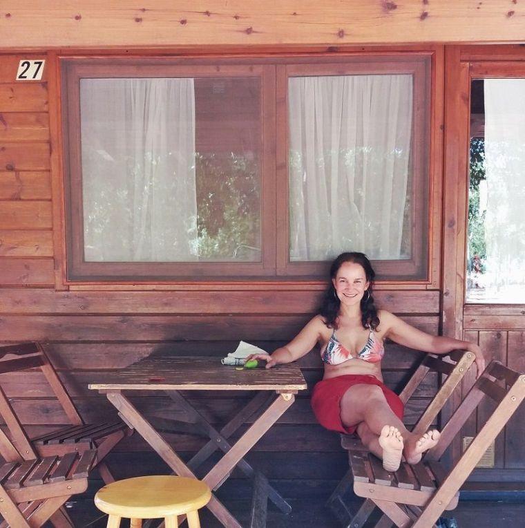 Reposando en una casa de madera de Vinyols Camp