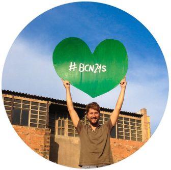 Corazón verde. Marcha por la Tierra, Barcelona. Bruno Sokolowicz