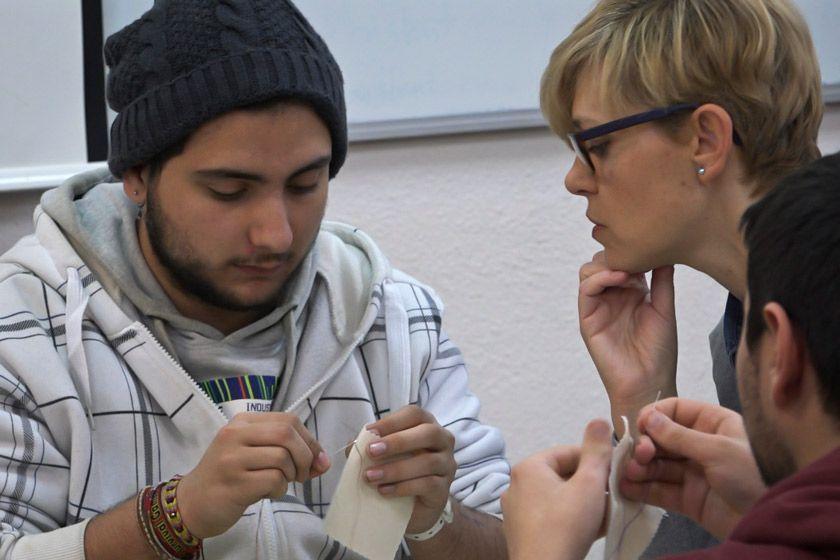 La revolución de la moda sostenible en las aulas. Slow wear project