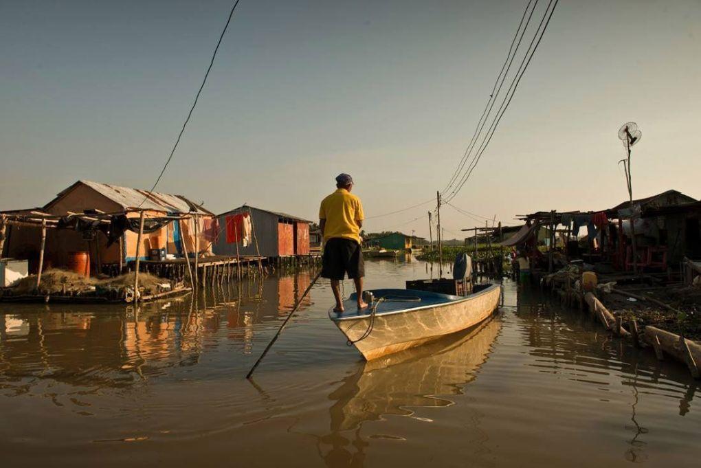 El Congo mirador. El pueblo que se ahoga en petróleo. Venezuela