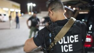 ICE arresta a 105 en masiva redada en Nueva Jersey