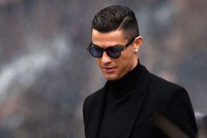 Condenan al astro Ronaldo a casi 2 años de cárcel por fraude