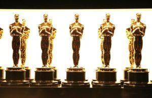 Más de 40 cineastas firman carta contra exclusión en los Oscar