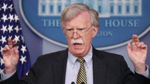 """Video: Bolton: EE.UU. podría emplear la fuerza militar en Venezuela """"para proteger a 50.000 estadounidenses"""""""