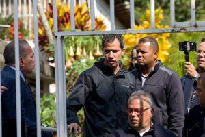Agentes de Venezuela detienen a jefe de despacho de Guaidó