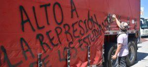 Grave, estudiante de Ayotzinapa herido durante desalojo en Chiapas