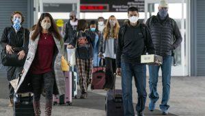 Estadounidenses viajan para Acción de Gracias pese a recomendaciones de los CDC de no hacerlo