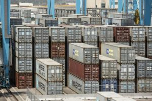 México logra un superávit comercial de 6,223 millones de dólares en octubre