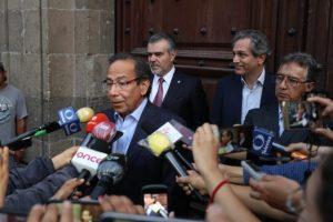 En Palacio Nacional, la iniciativa privada entra al diálogo sobre eloutsourcing. AMLO expuso que está dispuesto a revisar alcances del proyecto
