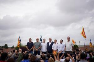 Video: Luego de mil 300 días, salen de prisión nueve separatistas catalanes