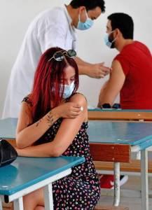 Aumentaron contagios de COVID-19 en EU 930% desde junio