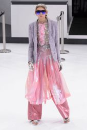 hbz-ss2016-trends-modern-vintage-03-chanel-rs16-0679