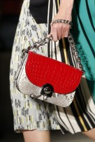 slideshow-spring-accessories-21-spring-2016-bags-accessory-jewelry-trends-chunky-chain-bags-prada-main