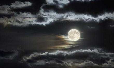 Sólo bastará una luna llena